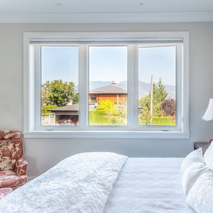 EuroLine windows inside bedroom
