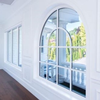 EuroLine special shape window